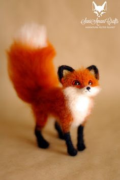 SaniAmaniCrafts: Red fox pose-able sculpture