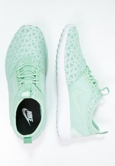 meet e1cec dd7e7 Nike Sportswear JUVENATE - Sneaker low - enamel green black white - Zalando.