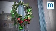 Super-easy homemade Christmas wreath. #christmaswreath