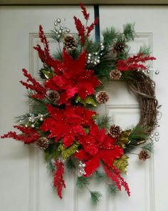 138 rustic christmas wreath ideas on a budget - page 3 ~ Modern House Design Holiday Door Decorations, Christmas Door Wreaths, Christmas Swags, Holiday Wreaths, Rustic Christmas, Christmas Holidays, Christmas Crafts, Christmas Ornaments, Christmas Design