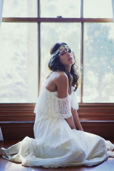 I would love to have a bridal photo like this! Wearing my boho headpiece.
