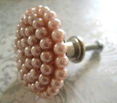 Pearl door knob