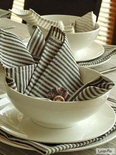 Highest quality Black Striped Linen Cotton Napkin Jazz from LinenMe shows elegance, style and sophistication of the owner. Buy similar LinenMe products in range.