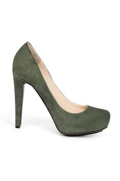 Burak Uyan pumps in green - posted by Marina Larroude on Style