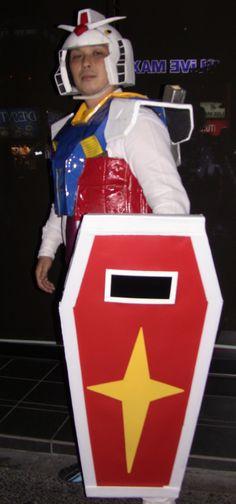 Gundam Costume in Tokyo http://www.youtube.com/watch?v=vrJcusvbwtY