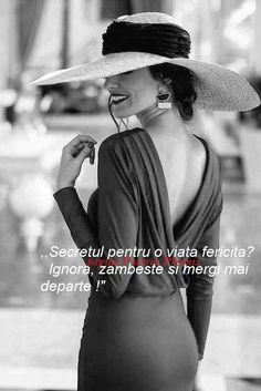 Fotografia postată de Pasarea Phoenix. Beautiful Italian Women, Star Of The Week, Love Quotes, Inspirational Quotes, Strong Words, Monica Bellucci, True Words, Girl Boss, Hats For Women