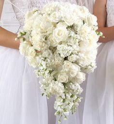 White Flower Arrangements for Weddings   The Wedding Collections: White Wedding Flowers