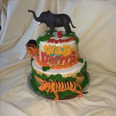 Wild Kratz birthday cake African safari by Inphinity Designs. Please visit my FB page Inphinity Designs at https://m.facebook.com/profile.php?id=71791500352&refsrc=https%3A%2F%2Fwww.facebook.com%2Fpages%2FInphinity-Designs%2F71791500352