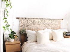 Finished this custom king sized headboard macrame piece with custom stained wood ? These headboards of mine are one of my favourites to White Headboard, King Size Headboard, White Bedroom, Custom Headboard, Rustic Bedroom Design, Bedroom Decor, Camas King, Black Bedding, Headboards For Beds