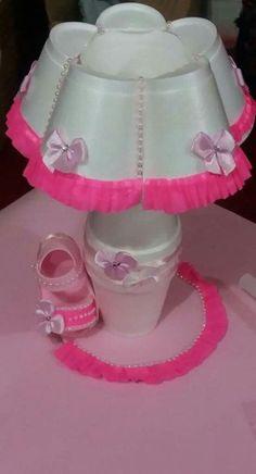 Baby Shower Recuerdos Souvenirs Diy Ideas For 2019 - ., Baby Shower Recuerdos Souvenirs Diy Ideas For 2019 – …, Baby Shower Crafts, Baby Shower Themes, Baby Shower Centerpieces, Baby Shower Decorations, Diaper Bouquet, Diy And Crafts, Crafts For Kids, Baby Shower Souvenirs, Plastic Bottle Crafts