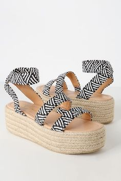 Nothing beats the beachy vibes of the Rayney Black and White Espadrille Flatform Sandals! Cute elastic strap sandals with espadrille-wrapped platform heels. Slide Sandals, Strap Sandals, Black And White Espadrilles, Toe Band, Black And White Fabric, Vegan Leather, Ankle Strap, Shoe Boots, Heels