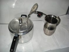 ho would have thought that lack of coffee in small towns would encourage Rozadeen to make a low-cost coffee machine in 1993? He used his street-skills to study the coffee-making process and modified a regular pressure cooker into a coffee-machine with a metal pipe.  A mechanic and a welder by profession, Rozadeen has applied for a patent for his design.