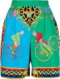 Green cotton shorts from Versace Sport featuring two side pockets, and an all-over signature Versace print.