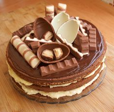 Recept na dort z KINDER ČOKOLÁDY🎂 Chocolate Ice Cream, Chocolate Cake, Crazy Cakes, Pastry Cake, Velvet Cake, Cake Toppings, Pavlova, Nutella, Food To Make