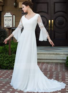 Wedding Dresses - $176.99 - A-Line/Princess V-neck Court Train Chiffon Wedding Dress With Lace Beading (002026089) http://jjshouse.com/A-Line-Princess-V-Neck-Court-Train-Chiffon-Wedding-Dress-With-Lace-Beading-002026089-g26089?ver=xdegc7h0