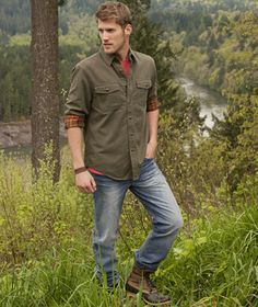 Enjoy this gorgeous combination of rugged and dressy. The style for men is always so suave.