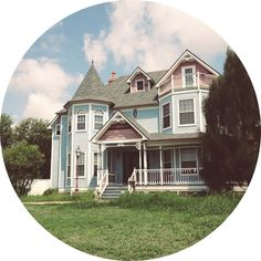 """misoandtofu:  """"Cute House of the Day: July 28, 2013  We went to Corpus Christi for the weekend and saw this cute Victorian house.  """""""