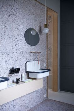 Terrazzo bathroom in