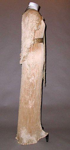Evening ensemble Design House: Fortuny (Italian, founded 1906) Designer: Mariano Fortuny (Spanish, Granada 1871–1949 Venice) Date: ca. 1935 Culture: Italian Medium: silk, glass