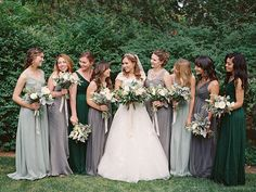 This unexpected autumnal color palette. | 19 Wedding Ideas To Fall In Love With Right Now