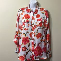 FLASH SALE JONES NEW YORK  SIGNATURE BLOUSE Size P/L  100% polyester machine washable Jones New York Tops Button Down Shirts