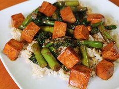 Asparagus, kale and tofu stir fry
