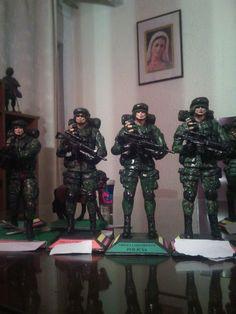 Figuras militares wtssp 3152305093 June, Military
