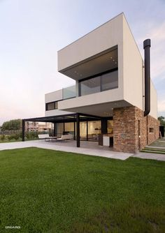 A House by Estudio GM ARQ in Buenos Aires, Argentina