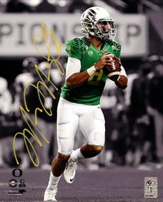 Marcus Mariota Autographed 8x10 Photo Oregon Ducks MM Holo  01169 cc72213a4