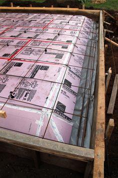 Sub-slab rigid insulation with rebar o. Pouring Concrete Slab, Concrete Pathway, Concrete Tools, Concrete Footings, Concrete Garages, Concrete Cement, Timber Garage, Modern Garage, Building Foundation