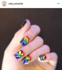 BLACKPINK's Nail Artist!   Blackpink - 블랙핑크 Amino