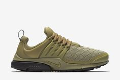 Nike Air Presto SE Men's Shoe: Neutral Olive/Black/White/Neutral Olive
