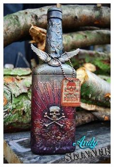 Tim Holtz Inspired Altered Bottle by Andy Skinner - Cards and Paper Crafts at Splitcoaststampers