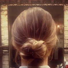 Hair How To: Chic Hair Knot
