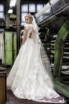 Robes de marques Cymbeline - Robes de mariée - Collection 2017 pour la robe de mariées Begonia pour la collection 2017