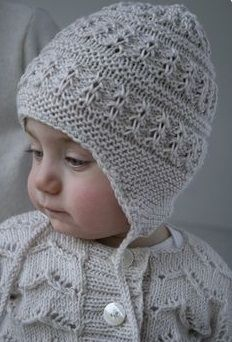 lovely baby helmet. no instructions, just inspiration // evde-kolay-kulakli-bere-yapimi-ve-kulakli-bere-modelleri14