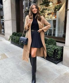 Winter Fashion Outfits, Fall Winter Outfits, Look Fashion, Spring Outfits, Autumn Fashion, Business Casual Outfits, Classy Outfits, Stylish Outfits, Long Boots Outfit
