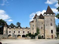 Château de la Marthonie ~ Saint Jean de Côle ~ Dordogne ~ Aquitaine ~ France