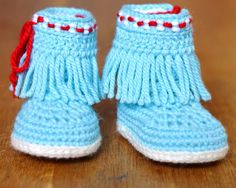 CROCHET PATTERN Native American Moccasin Fringe Booties in 3 Sizes Photo Tutorial Easy Baby Shoes Pattern Instant Download Digital File