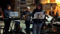 Amb l'Adolfo, el Remigi i el Pep durant la jam del I Jazzbaida. Va ser la primera vegada que tocàrem junts i on es va començar a moure el projecte comú d'Eva i Fun Jazz. (Albaida, 5-5-2012)