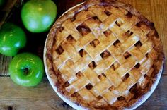 Here's a classic recipe for apple pie that's popular at Yardbird Southern Table and Bar. For best results, make sure that the butter for your. Apple Pie Recipe Easy, Apple Pie Recipes, Fall Recipes, Yummy Recipes, Just Desserts, Delicious Desserts, Dessert Recipes, Dessert Ideas, American Desserts