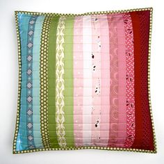 Dead Simple Palette Pillow Tute by Lynne @ Lilys Quilts, via Flickr
