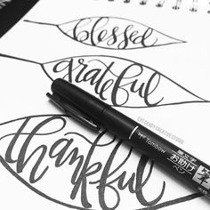 Thanksgiving crafts with the @tombowusa Fudenosuke Calligraphy Pen!