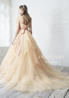 カラードレス オリジナルコレクション|JILLSTUART WEDDING 公式ホームページ [ジル スチュアート ウェディング]