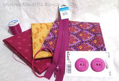 Color Me Domestic: The Perfect Wallet: DIY Fabric Wallet