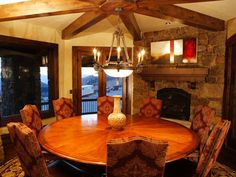 cozy dining room- I like this, very rustic