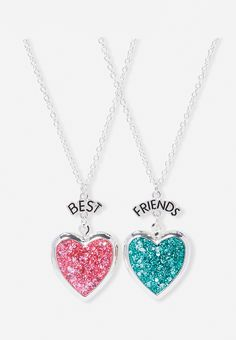 Discover our selection of girls' necklaces. From cute friendship necklaces, to charm necklaces, to initial necklaces - find her favorites & shop Justice today! Bff Bracelets, Bff Necklaces, Best Friend Necklaces, Best Friend Jewelry, Girls Jewelry, I Love Jewelry, Best Friend Outfits, Best Friends, Friendship Necklaces