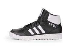 Speciale Adidas Pro Play (Zwart) Sneakers van het merk Adidas voor Heren. Uitgevoerd in Zwart gemaakt van Leer. Nu verkrijgbaar voor 75.00 bij Sneakershop.