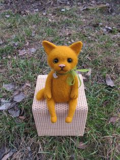 Felt cat  ginger cat  felted toy  felted by JelllyfishHandmade