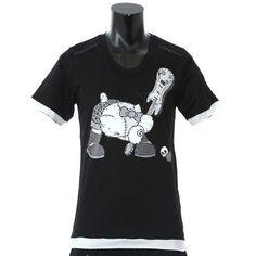 ロエン×ハローキティ、ロックテイストなコラボTシャツ発売 の写真1